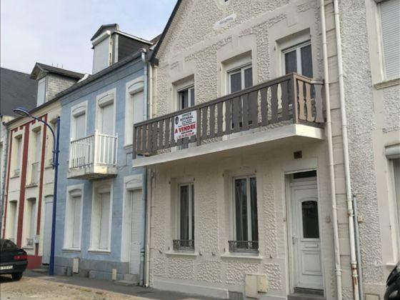 Vente maison 8 pièces 140 m2