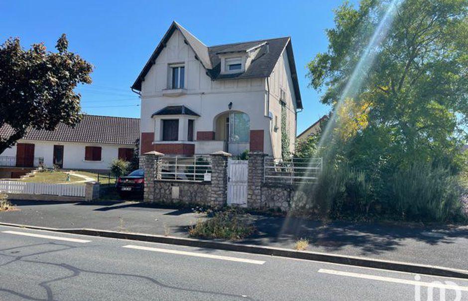 Vente maison 4 pièces 101 m² à Chateauroux (36000), 178 000 €