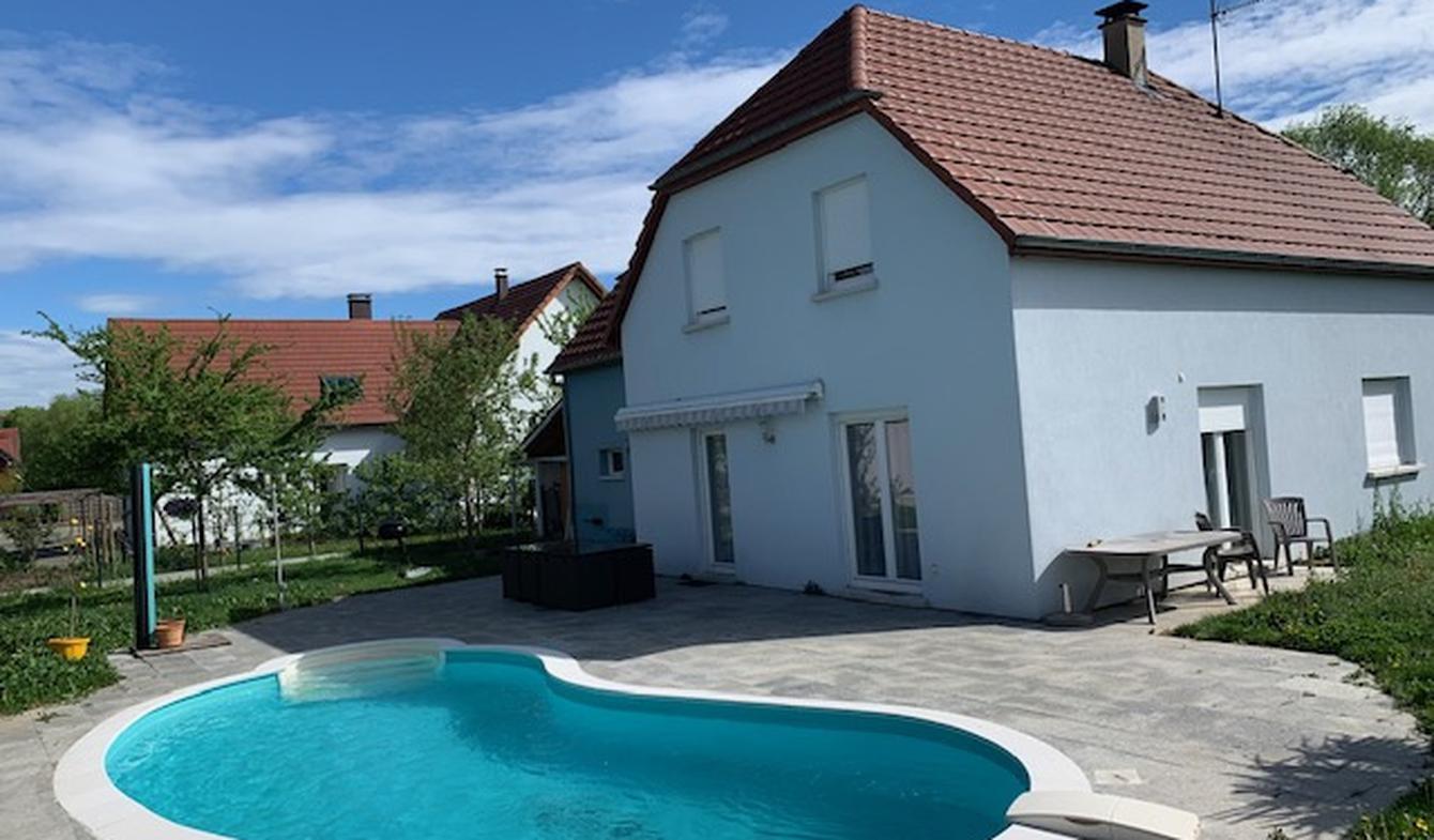 Maison avec piscine et terrasse Hattstatt