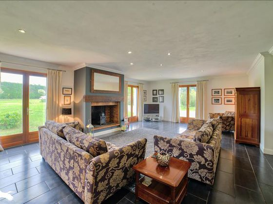 Vente maison 13 pièces 332 m2
