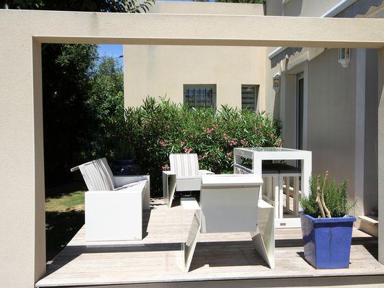 Vente villa 8 pièces 163 m2