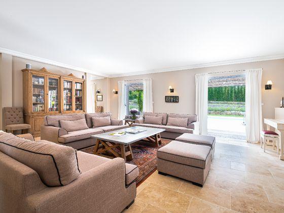 Vente maison 10 pièces 538 m2