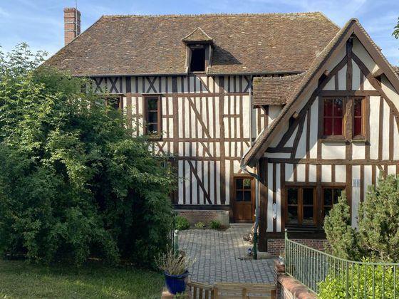 Vente propriété 8 pièces 260 m2