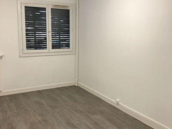 Location appartement 4 pièces 68,06 m2
