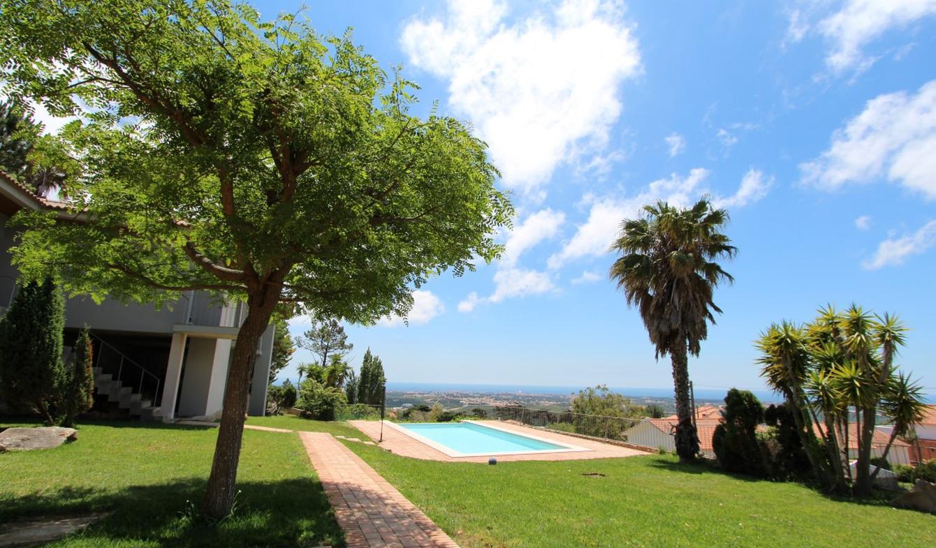 Villa with pool and garden Alcabideche