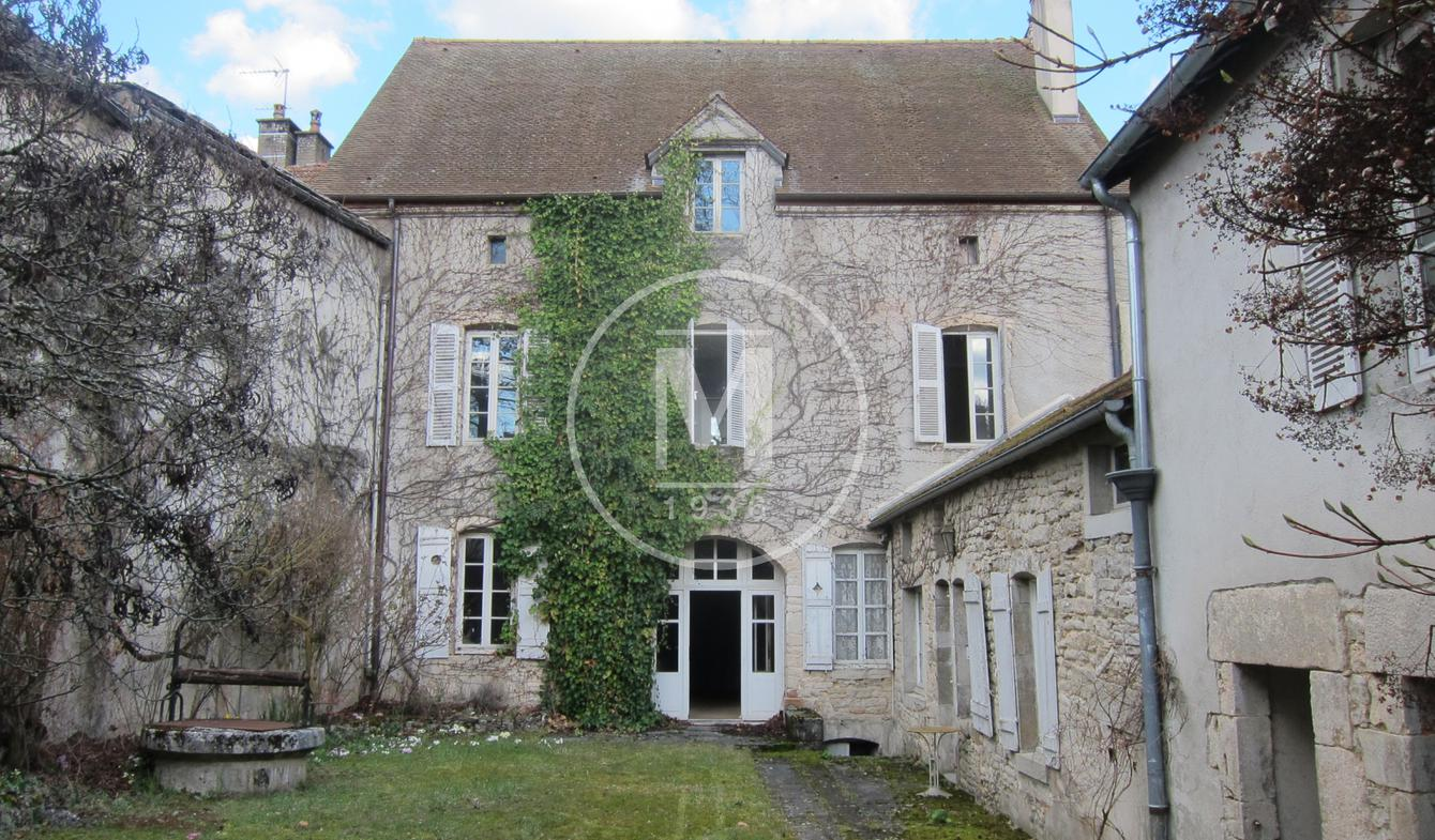 House Bligny-sur-Ouche
