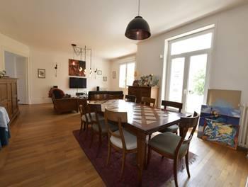 Appartement 8 pièces 158,1 m2