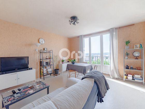 Vente appartement 4 pièces 66,85 m2
