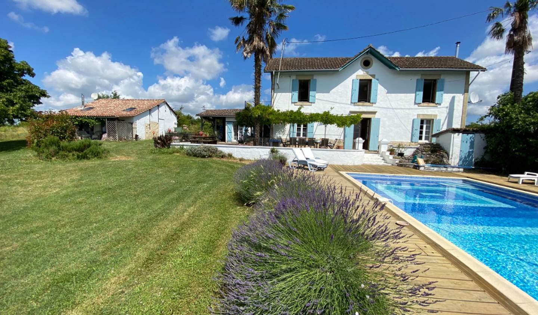 Maison avec piscine et terrasse Duras