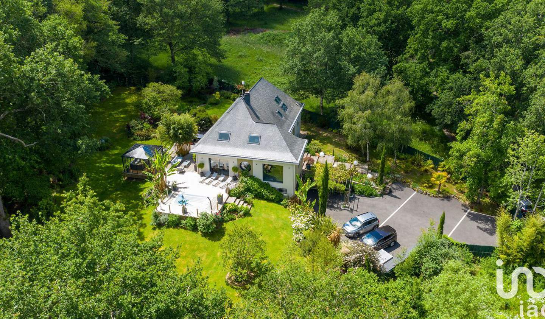 Maison avec piscine et terrasse Sautron