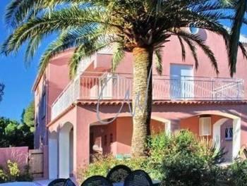 Villa 14 pièces 271 m2