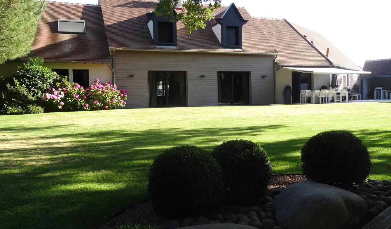 Maison avec piscine et jardin Tours