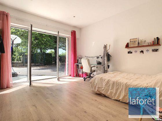 Vente maison 10 pièces 395 m2
