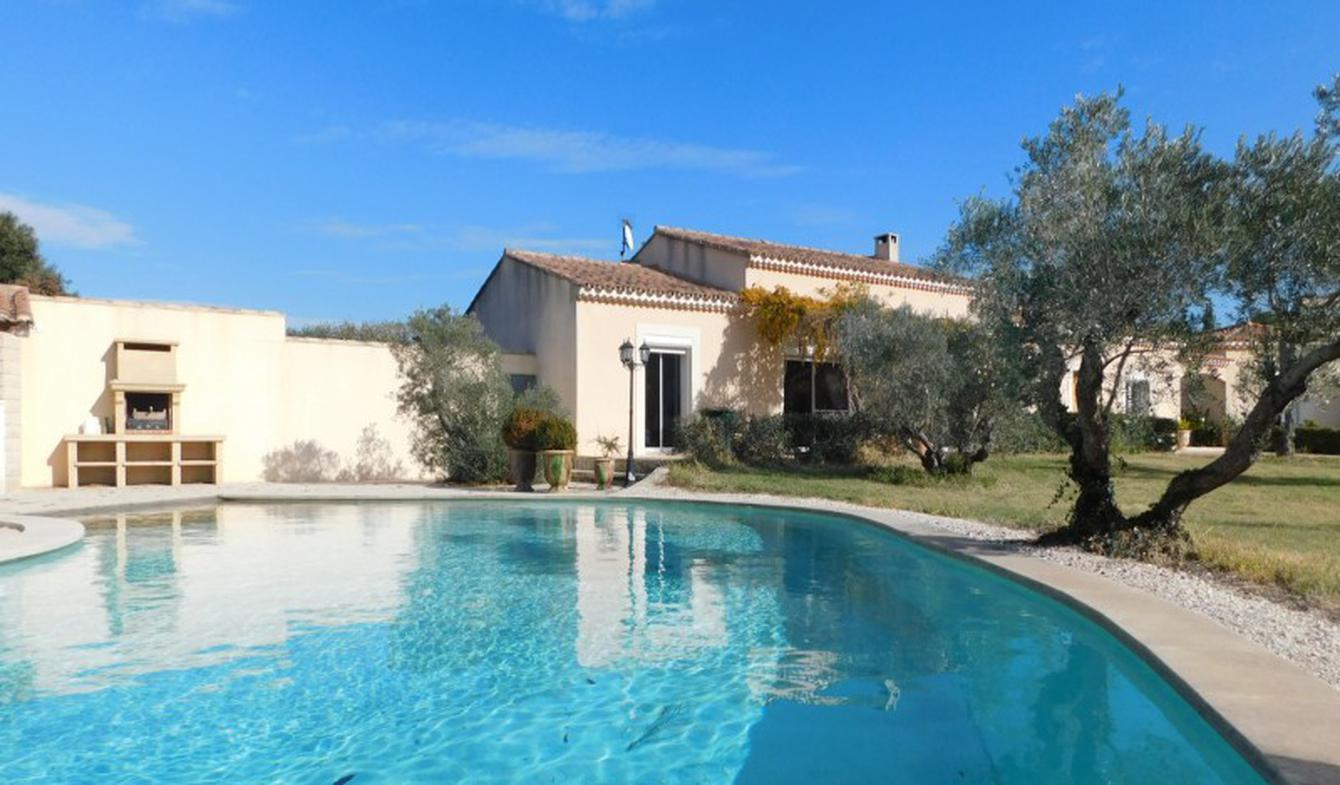 Maison avec piscine Boulbon