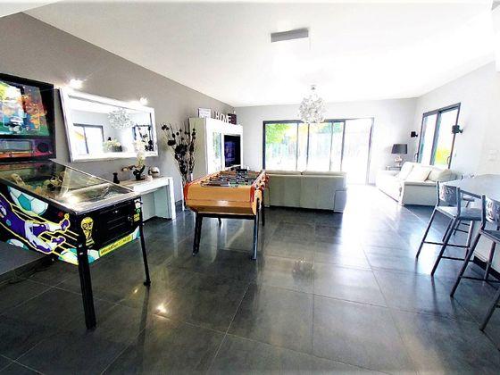 Vente maison 6 pièces 150,74 m2