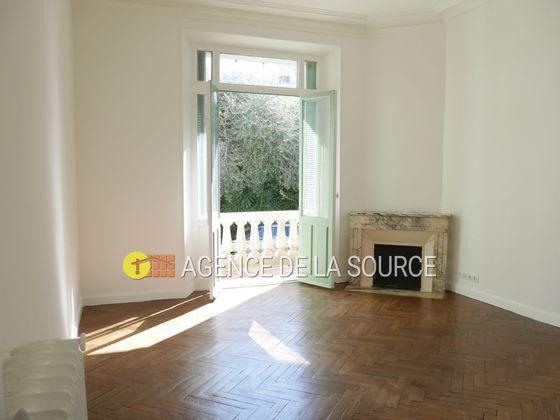 Location appartement 3 pièces 81,13 m2