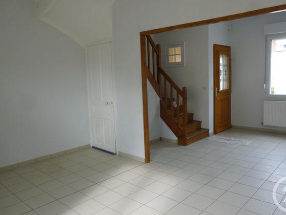 Location maison 3 pièces 67,85 m2