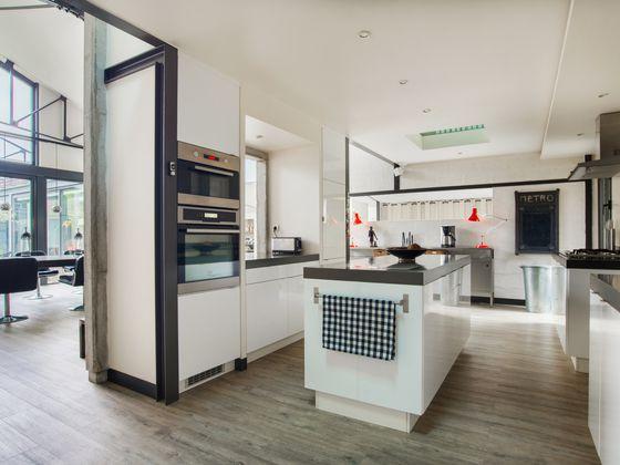 Vente maison 7 pièces 672 m2