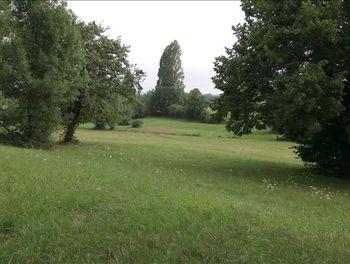 terrain à Saint-Etienne-de-Villeréal (47)