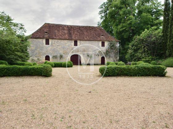 Vente château 11 pièces 650 m2