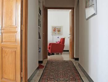Maison 6 pièces 325 m2
