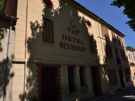 vente Htel 14 pices (390,47 m) 295000 € Montferrat (83)