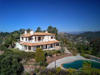Villa 10 pièces 306 m2