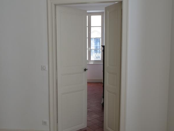 Location appartement 4 pièces 130 m2