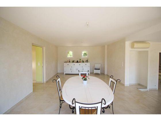 Vente maison 5 pièces 422 m2