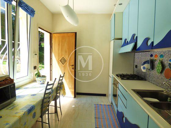Vente villa 8 pièces 322 m2