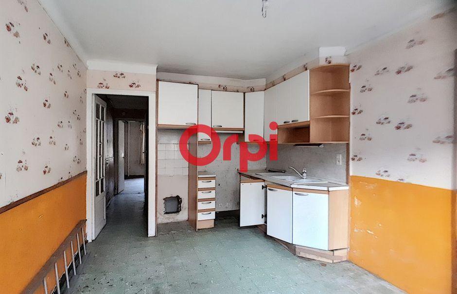 Vente maison 5 pièces 90 m² à Ria-Sirach (66500), 68 000 €