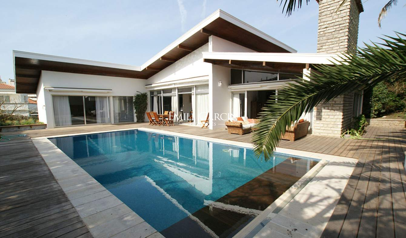Property with pool Biarritz