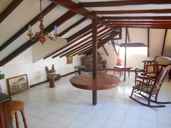 Location maison 6 pièces 115 m2