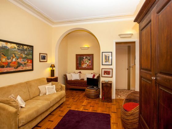 Location studio meublé 33,61 m2