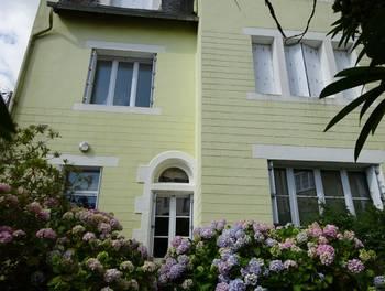 Maison 10 pièces 324 m2
