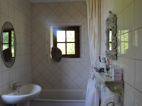 Vente maison 5 pièces 30000 m2