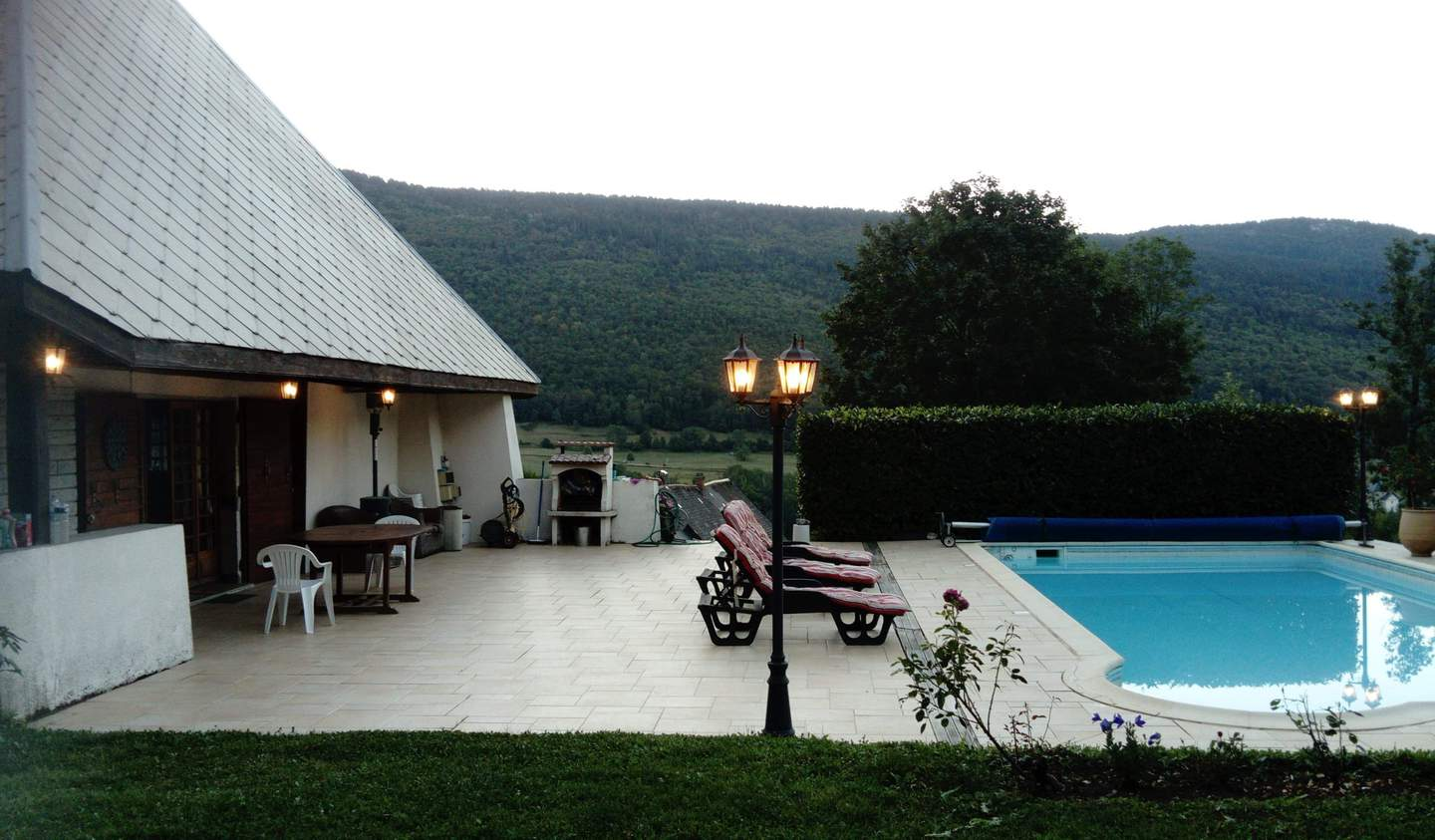 House with pool and terrace Le Noyer