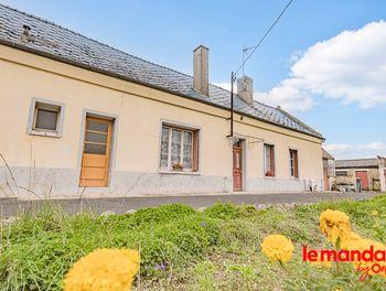 maison à Mesbrecourt-Richecourt (02)
