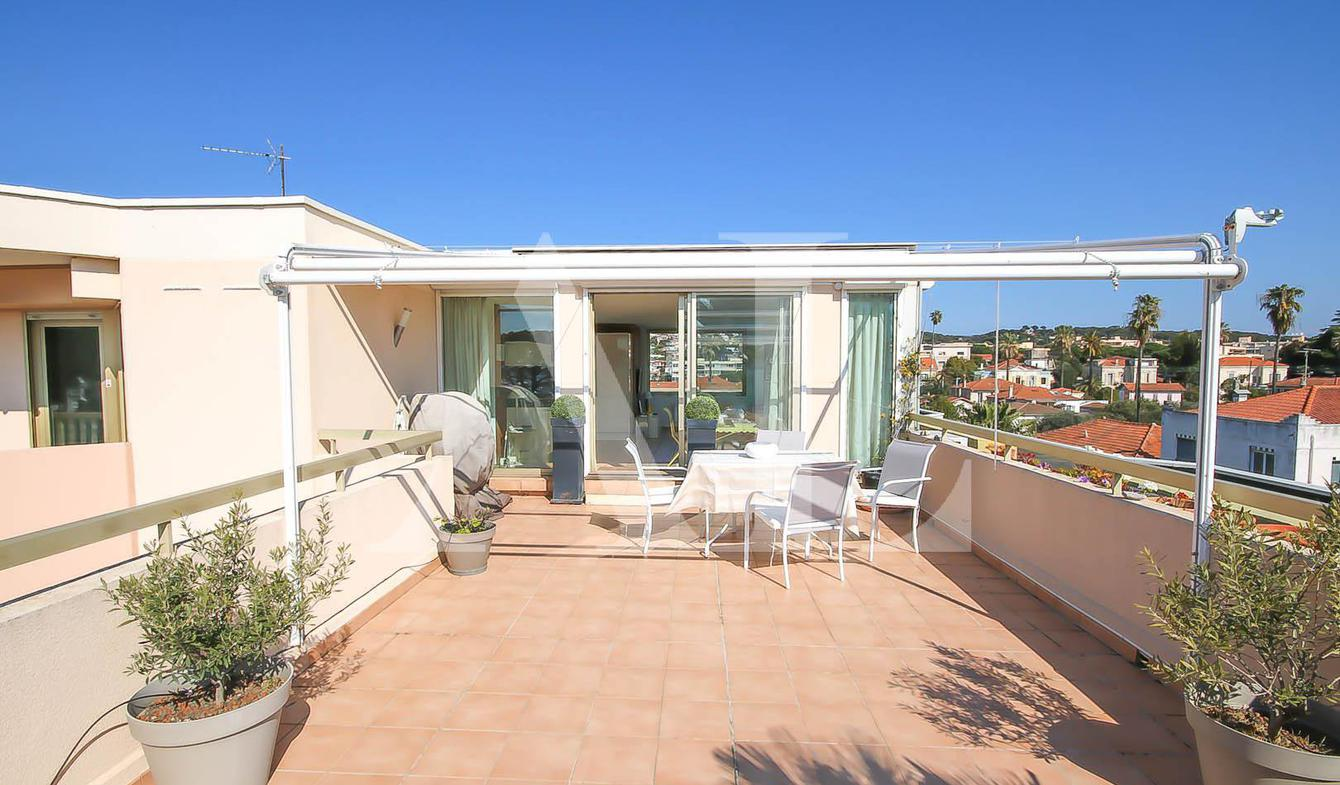 Apartment with pool Le golfe juan