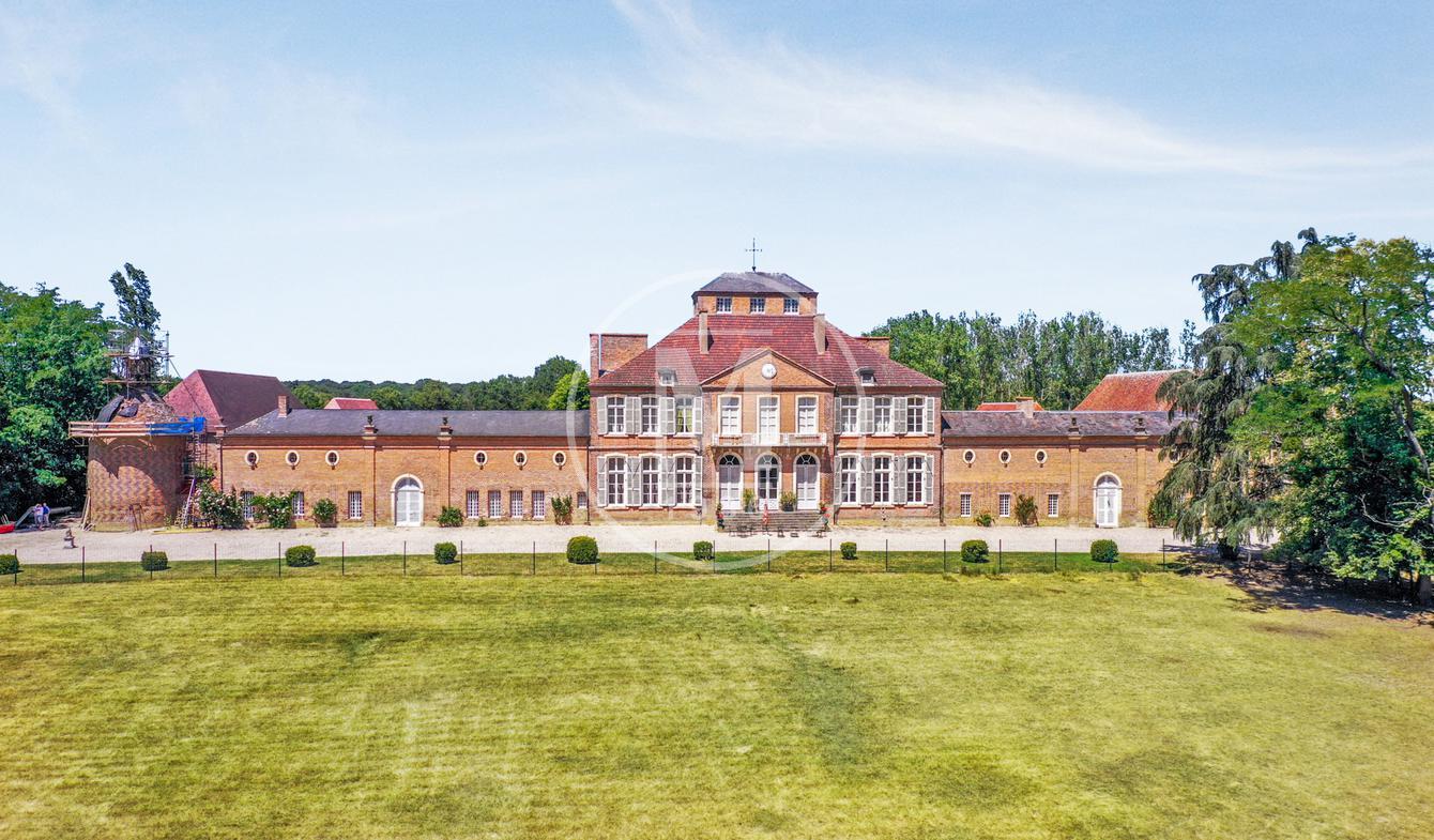 Château Lurcy-Lévis