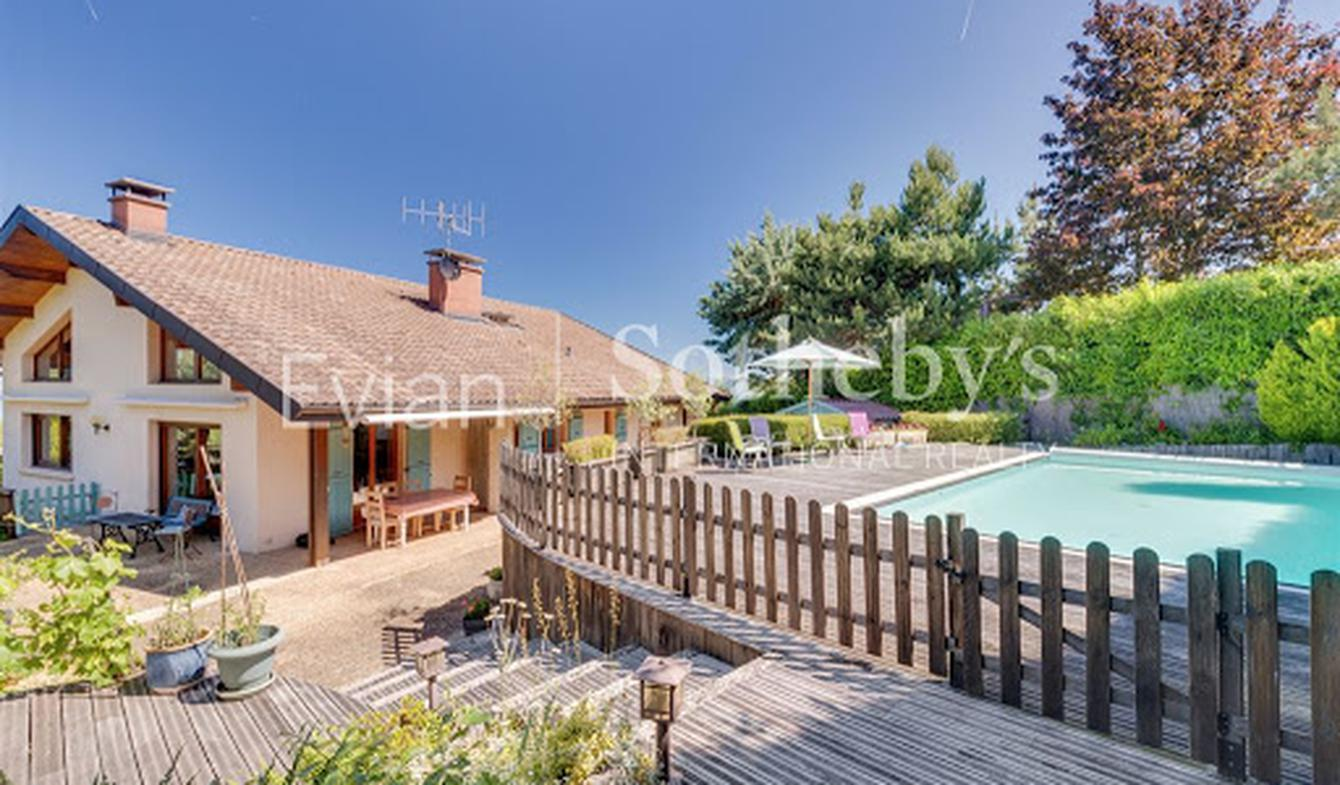 House with pool and terrace Neuvecelle