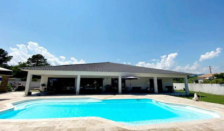 Villa avec piscine et terrasse Solaro