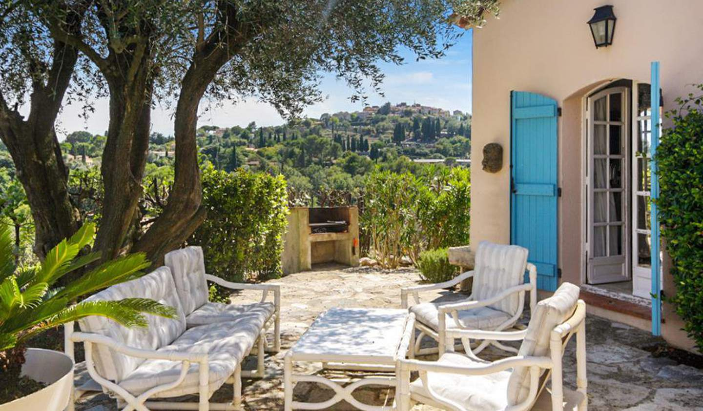 House with pool and garden Mougins