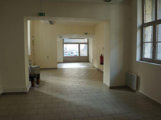 Vente divers 8 pièces 340 m2