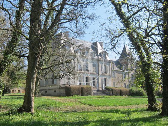 Vente château 12 pièces 375 m2