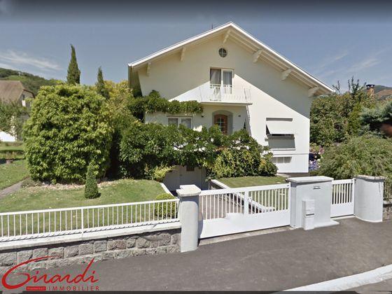 Vente maison 10 pièces 190 m2