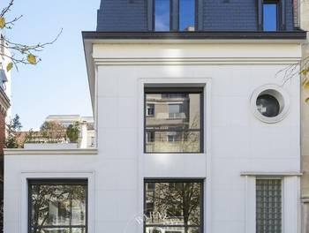 Maison 8 pièces 320 m2