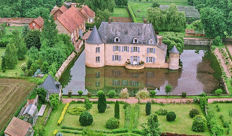 Castle Le Mans