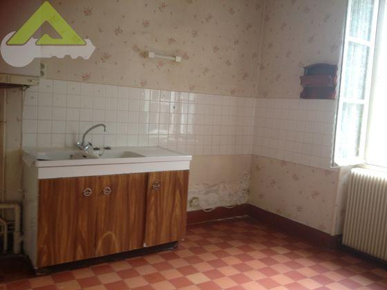 Vente divers 10 pièces 200 m2