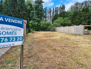 terrain à Oudrenne (57)